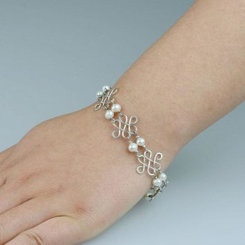 Pearl Wiring link Bracelet Bridesmaids gifts Free US Shipping handmade Anni designs