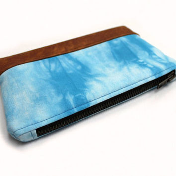Sky Blue Clutch, Hand Dyed Clutch, Blue Shibori Bag, Small Clutch Bag, Light Blue Clutch, Fabric Leather Bag,Blue Zipper Pouch,Blue Dyed Bag