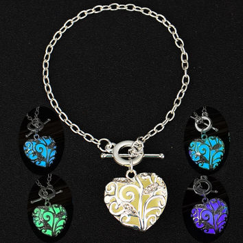 Glow In the Dark Heart Charms Bracelet Christmas Gift for Daugher Mum