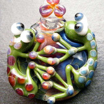 Valentines Day - Double frog pendant - Glass lampwork pendant focal bead necklace - Boomwire Glass jewelry