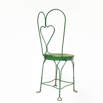 Vintage Sweetheart Twisted Iron Chair, Ice Cream Parlor Chairs, Chippy Metal Bistro Chair, Wrought Iron Furniture