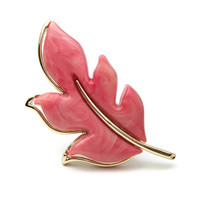 "Vintage 1970s Sarah Coventry Pink Swirl Lucite and Gold Tone Leaf Brooch - 1974 ""Autumn Splendor"" Leaf Pin - Vintage Jewelry"