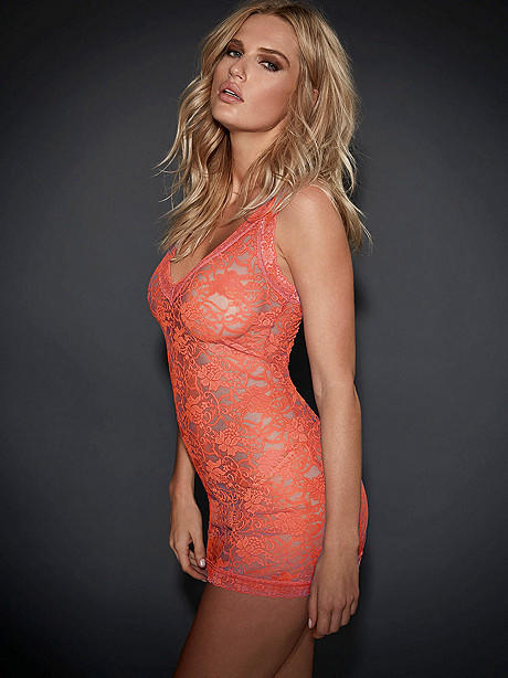Nia lace chemise from frederick s of hollywood epic wishlist