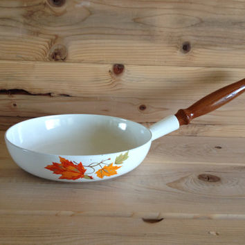 "Descoware Belgium 9.5"" Skillet 23-B, White Maple Leaf Pattern, Le Creuset Cast Iron Enamelware, New Replacement Wood Handle, Autumn, Fall"
