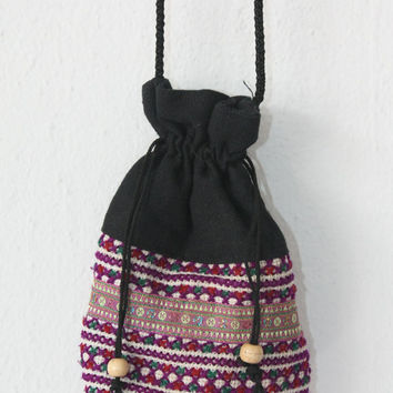 White Purple Vintage Pouch Bag Purse Hill Tribe Fabric Vintage HMONG Handmade Thailand (BG905.609)