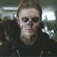 Evan Peters American Horror Story Signed Authentic Autographed 8x10 Photo COA