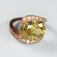Faceted Green Glass and Clear Rhinestone Cocktail or Dinner Ring Size 8.25