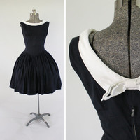 Vintage 1950s Black and White Sailor Dress -  Size Small Medium 1960s Full Skirt Day Dress Clothing / Back Bow