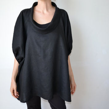 Black linen smock top tunic. Plus size and maternity, scoop neck, sleeves. One size fits all.