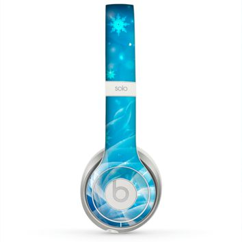 The Glowing White Snowfall Skin for the Beats by Dre Solo 2 Headphones