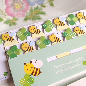 Honey bee luck clover sticky memo cartoon bee grass leaves sticky note cute animal illustration sticky flag loving stationary Planner 2015