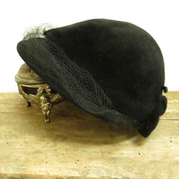 Vintage Black Lady's Hat Fur Felt Cloche Rhinestone Netting Bow Hat Pin Mid-Century 1940s Fall Fashions
