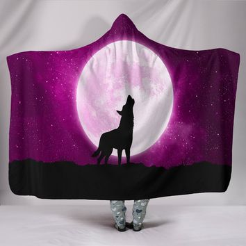 Wolf Howling At Moon Hooded Blanket