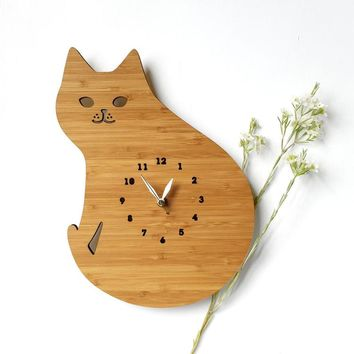 Bamboo Wood Curious Cat Wall Clock Home Decor