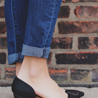 The Finer Points Flats - Black