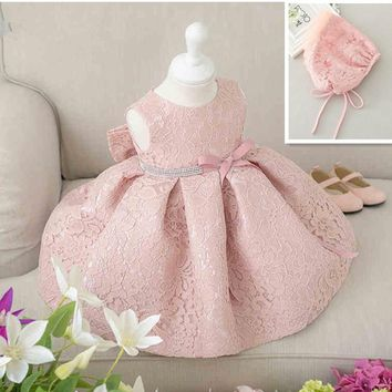 Latest set of one year old baby girl baptism dress princess wedding vestidos 2017 baby girl christening gown with hat 3-24month