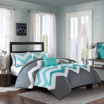 Cade Reversible Comforter Set in Aqua