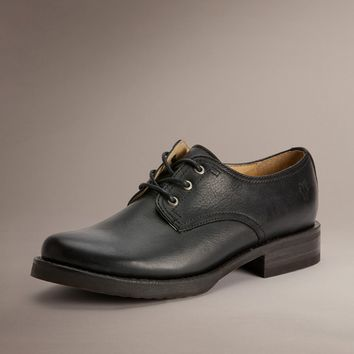 Veronica Oxford by TheFryeCompany,