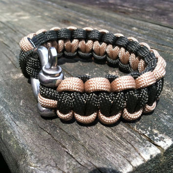 Reversible Olive Drab, Tan Cobra Weave Survival Paracord Bracelet, with Stainless Steel Shackle