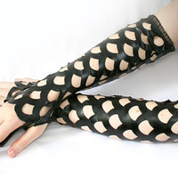 steampunk gothic fishnet fingerless gloves - Ten Fathoms Deep - smarmyclothes punk