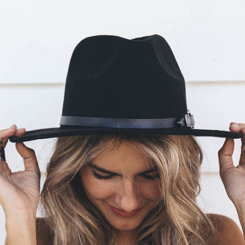 Black Hat With Rope and Buckle
