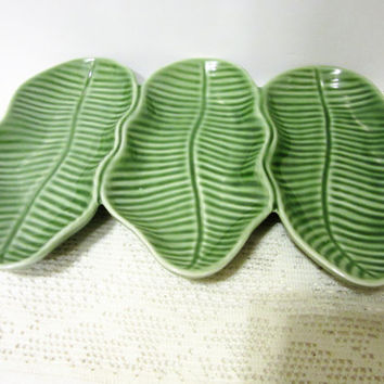 Leaf Relish Tray Ceramic Porcelain Glazed Vintage