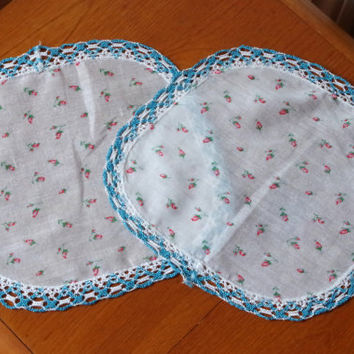 Round Square Doilies Blue and White Crocheted Edge- Pretty Floral Pattern Fabric- Set of 2- 1940s Handmade Cottage Chic