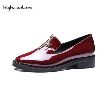 2017 Flats Patent Leather Oxford Shoes For Women Big Woman Size 33~43 Designer Vintage flat Shoes Pointed Toe Brogue DXM235