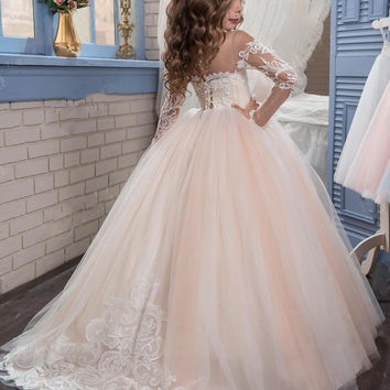 2016 Romantic Champagne  2016 Puffy Flower Girl Dress for Weddings Organza Ball Gown Girl Party Communion Dress Pageant Gown