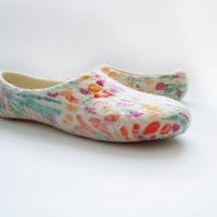 Felted wool slippers of summer colours, decorated with silk