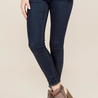 Gwen Skinny Clean Super Soft Jeans