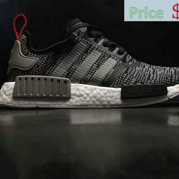 Sneaker paint Men Adidas NMD R1 Glitch Camo Core Black Solid Grey BB2884 sneaker