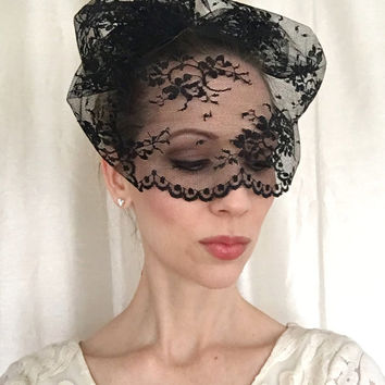 BLACK Lace Veil with Floral Designs, Wedding Veil, Black Veil, Wedding Accessory, Bridal Veil, Wedding Accessory, Bridal Headpiece