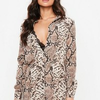 Missguided - Brown Basic Snake Print Shirt Dress