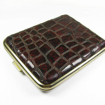 Vintage Cigarette Case Faux Reptile Leather / Vintage Business Card Case - Le Cas de Cigarettes.