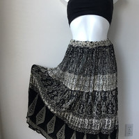 70s skirt maxi cotton gauze black white floral paisley print boho hippie gypsy Festival skirt  crinkled made in India waistband up to 34""