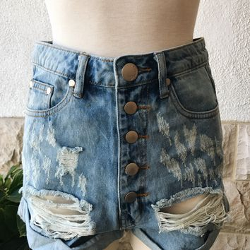 HAILEY DISTRESSED BUTTON SHORTS- BLUE