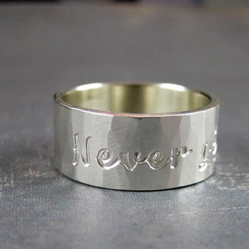 Never give up ring in sterling silver, motivational ring, inspirational jewelry, tattoo letter style