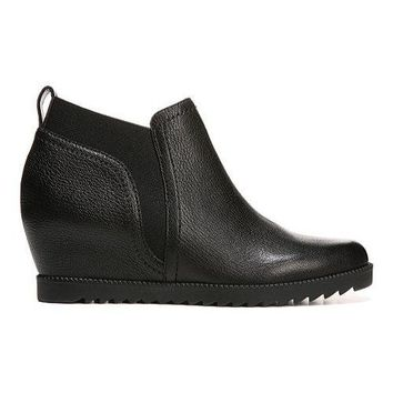 Women's Naturalizer Darena Bootie Black Spongy Goat Leather | Overstock.com Shopping - The Best Deals on Boots