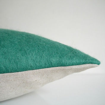 Green pillow: Italian wool throw pillow in emerald green, modern decorative pillow cover