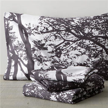 Marimekko Tuuli Raisin Queen Sheet Set in Sheet Sets | Crate and Barrel