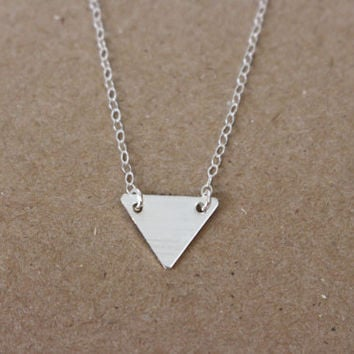 Dainty Silver Triangle Necklace / Minimal, Gold Geometric Necklace / 14K Gold Fill Gold or Sterling Silver Triangle