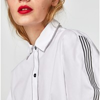 SHIRT WITH STRIPED TRIMS DETAILS