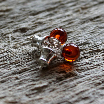 Little amber earrings, sterling silver clasp, amber jewelry, round earrings, strud earrings, cute earrings, small earrings, round beads