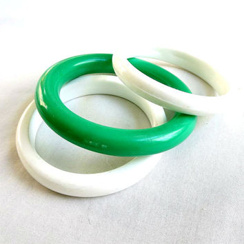 Vintage Chunky Plastic Bangle Bracelets Lot - 3 Retro White and Green