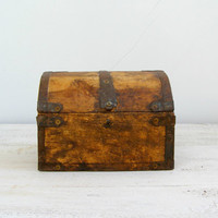 Antique Treasure Chest, Rustic wood charm Box, Country cottage, woodwork, Jewelry Box, Tabletop, Keepsake Box