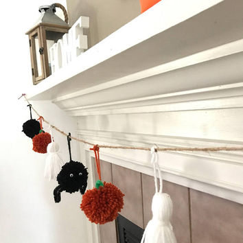 Halloween garland - pom pom garland - halloween decor - halloween - fall decor - pumkin garland - fall garland - pumpkin