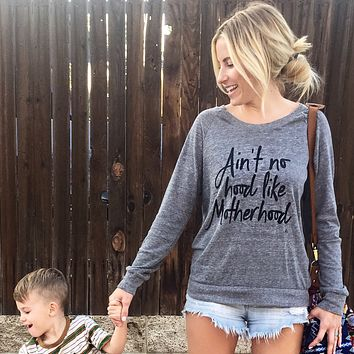 Ain't No Hood Like Motherhood®️ Pullover