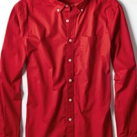 AEO Men's Solid Poplin Button Down Shirt (Red)