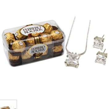 FERRERO ROCHER WITH SILVER PENDANT SET